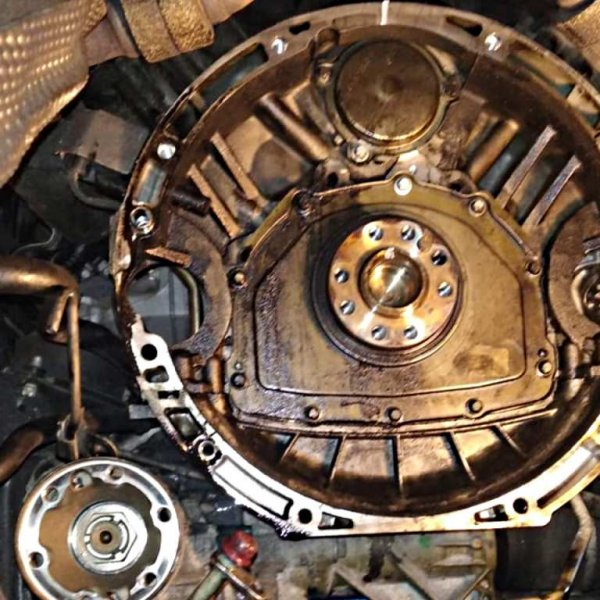 Замена заднего сальника коленвала GL350 CDI